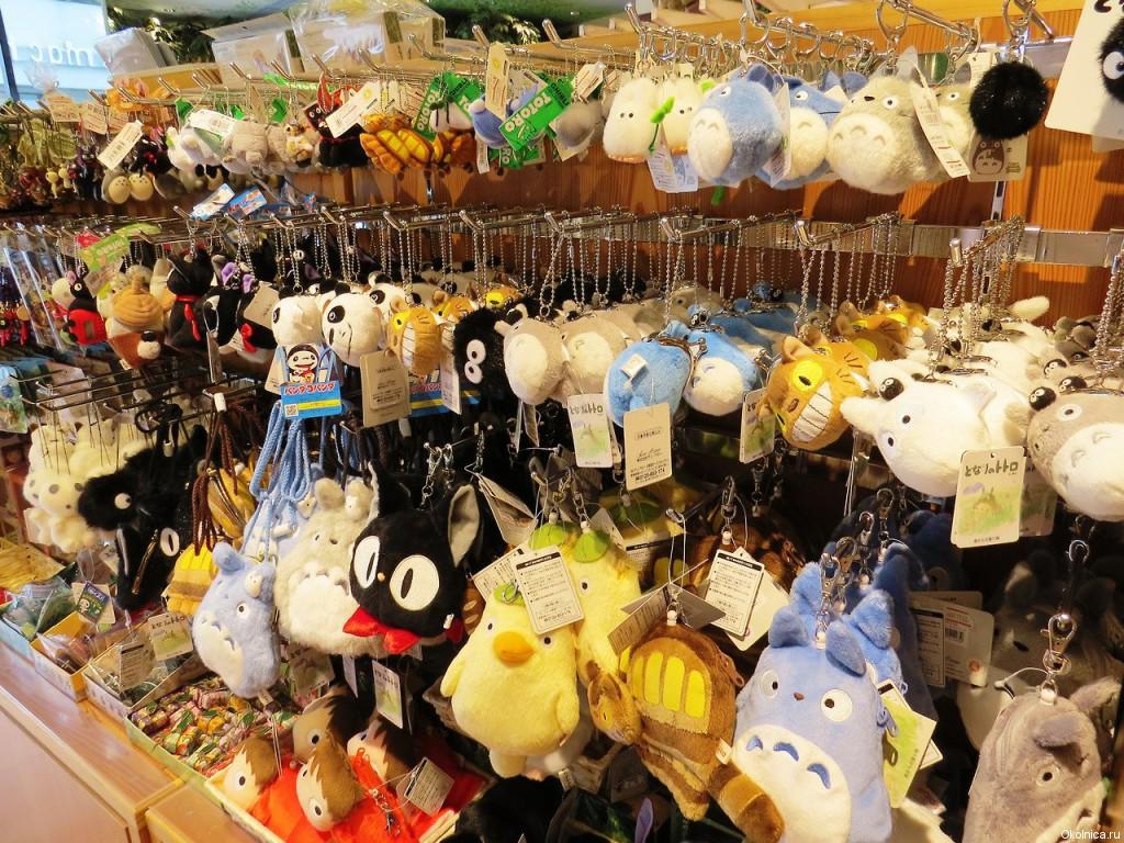 Totoro shop 3
