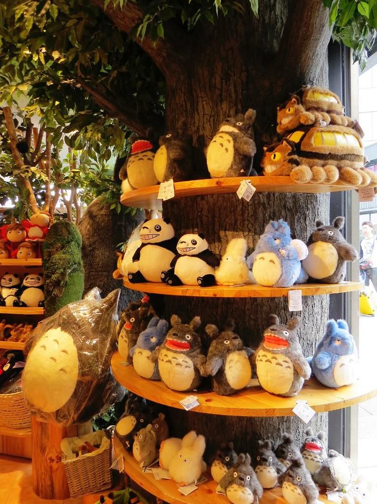 Totoro shop 5